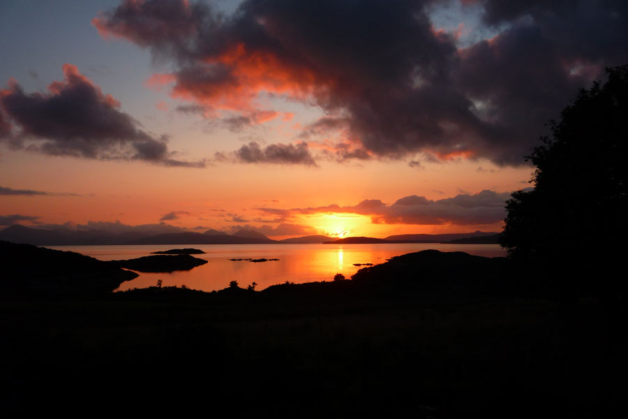 Sunset_over_skye